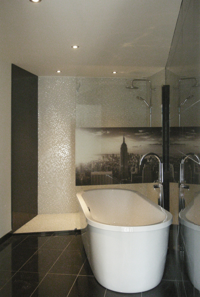 baignoire ilot loft 2 excellent macassar baignoire en solid surface de style no rtro teinte. Black Bedroom Furniture Sets. Home Design Ideas
